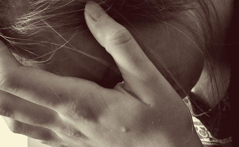PSIHOLOG NA IVICI KRIVIČNE ODGOVORNOSTI: IZAZOVI RADA SA SUICIDALNIM KLIJENTIMA